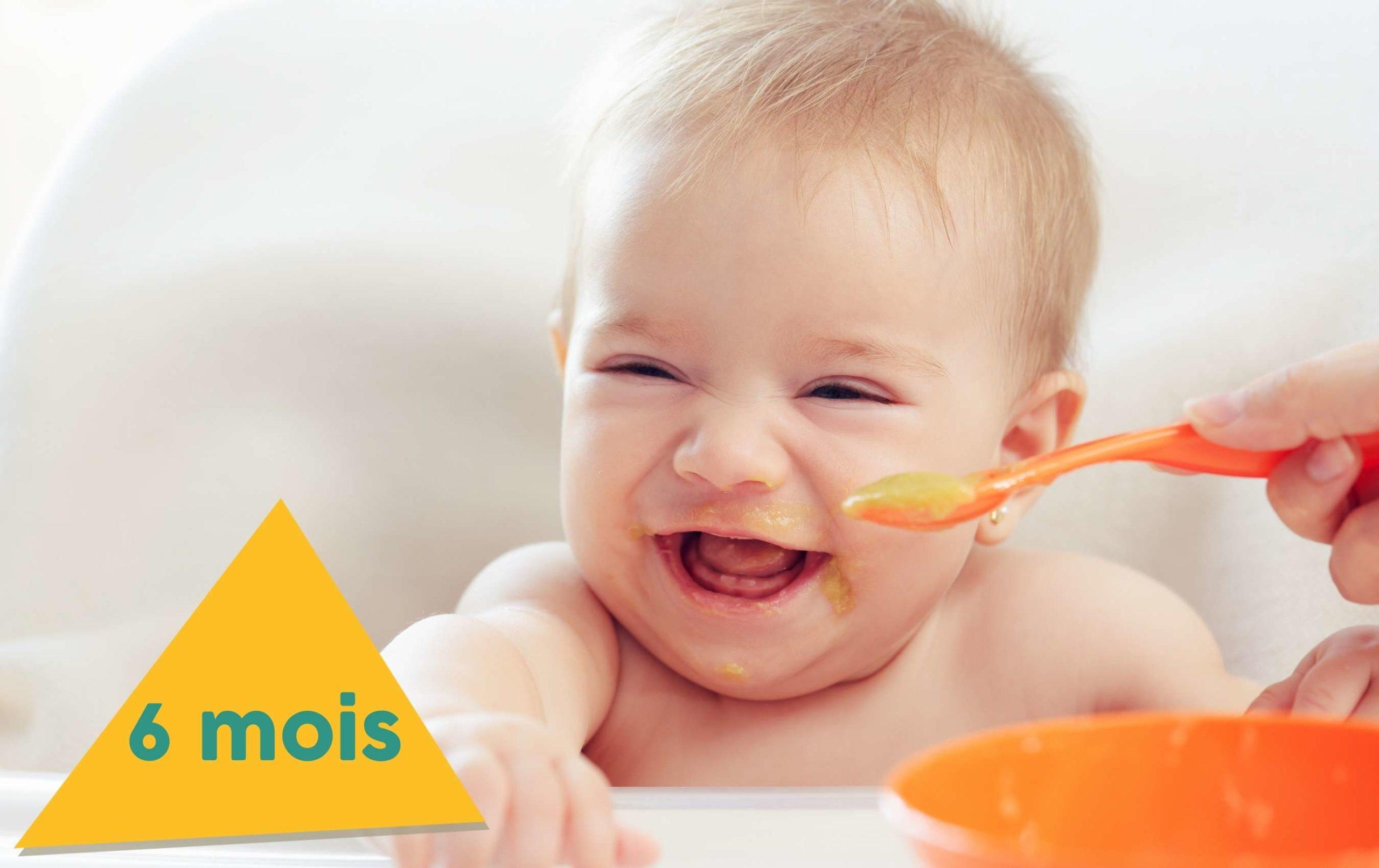 Bébé 6 mois qui mange