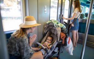 Les transports en commun avec bébé une épreuve